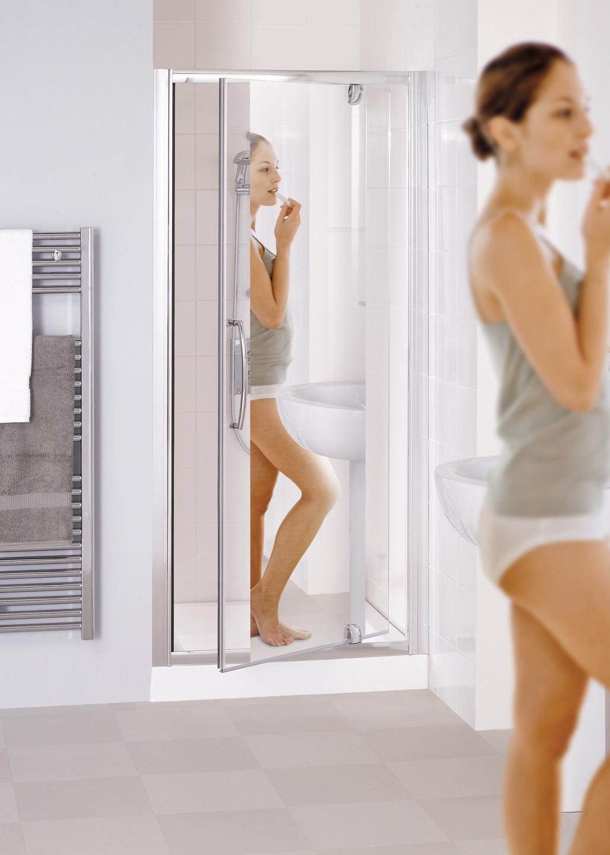 Mirror: Semi-Frameless Pivot shower Door