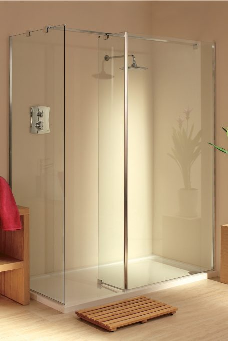 Padova walk-in shower enclosure
