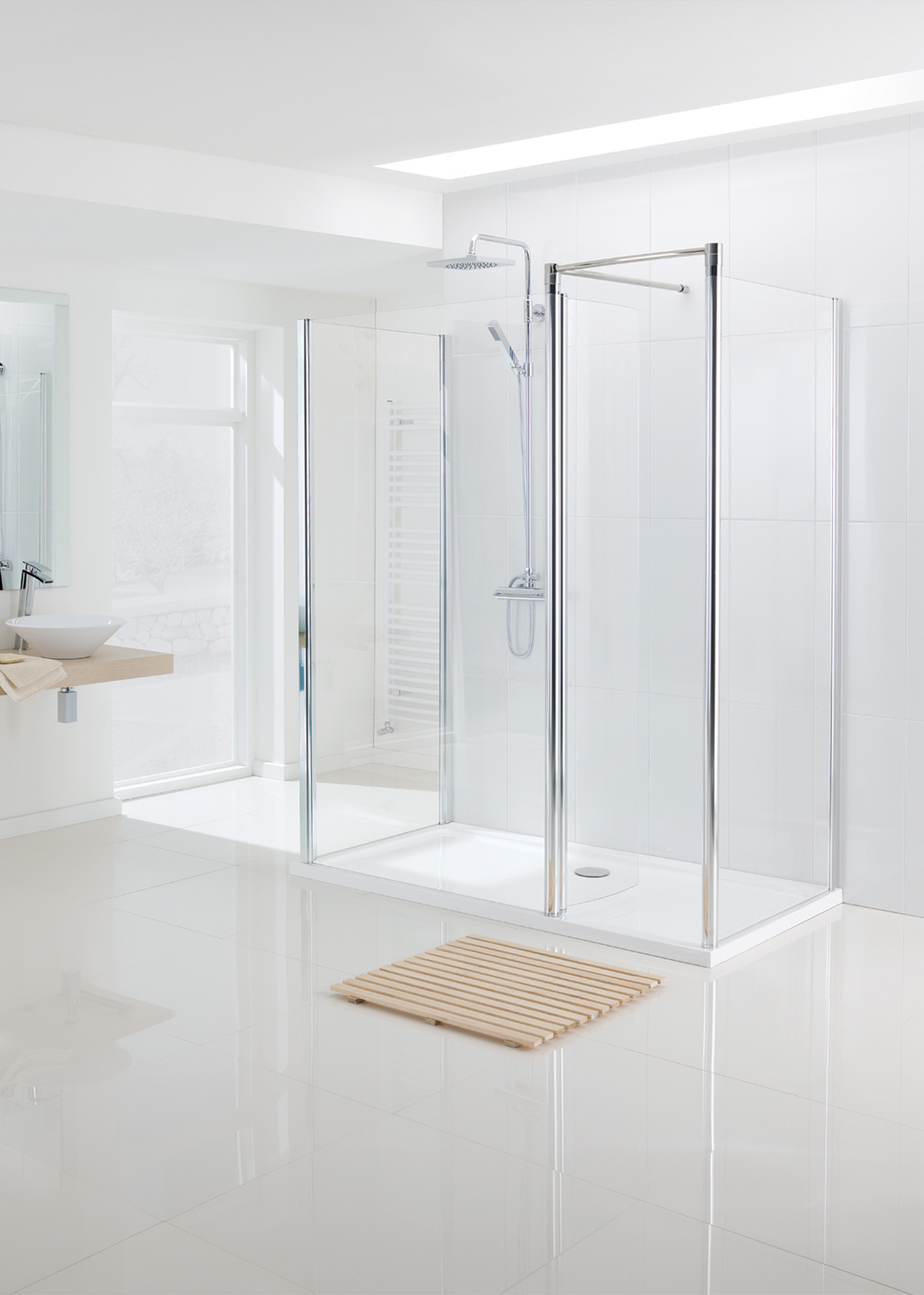 Walk In Shower Enclosure - Semi Frameless | Lakes Bathrooms